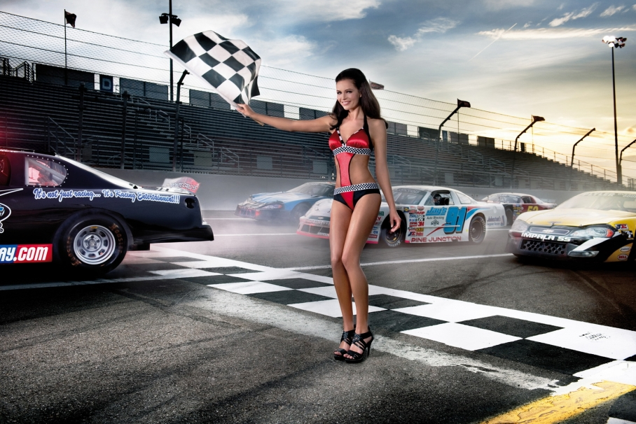 cool-cars-hot-girls-pinup-01
